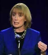 Governor Maggie Hassan photo